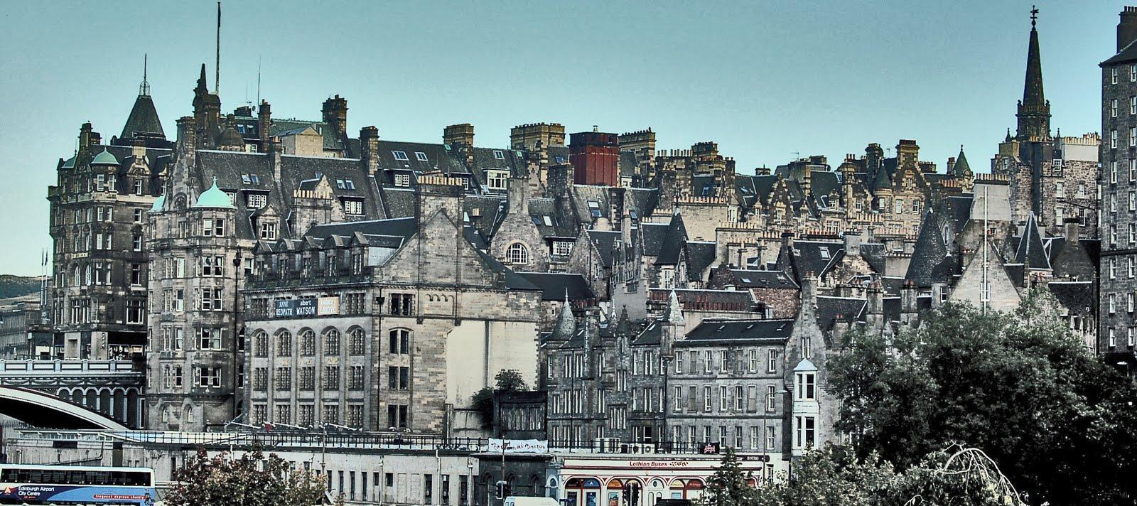 Cursos de Inglés en Edimburgo Superior - Kaplan