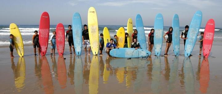 На уроках серфинга