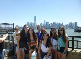 Don´t worry - New York, staying in residence (from 14 to 17 years old)